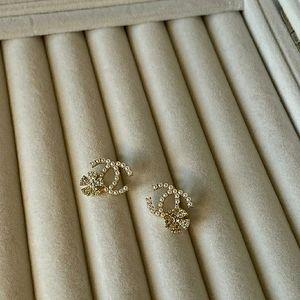 Coco Chanel Pearl Earrings